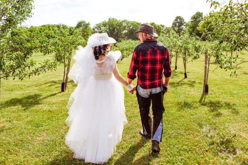 katrin-albert-photography-rustic-wedding-anna-don-cowboys-angels-canada-92