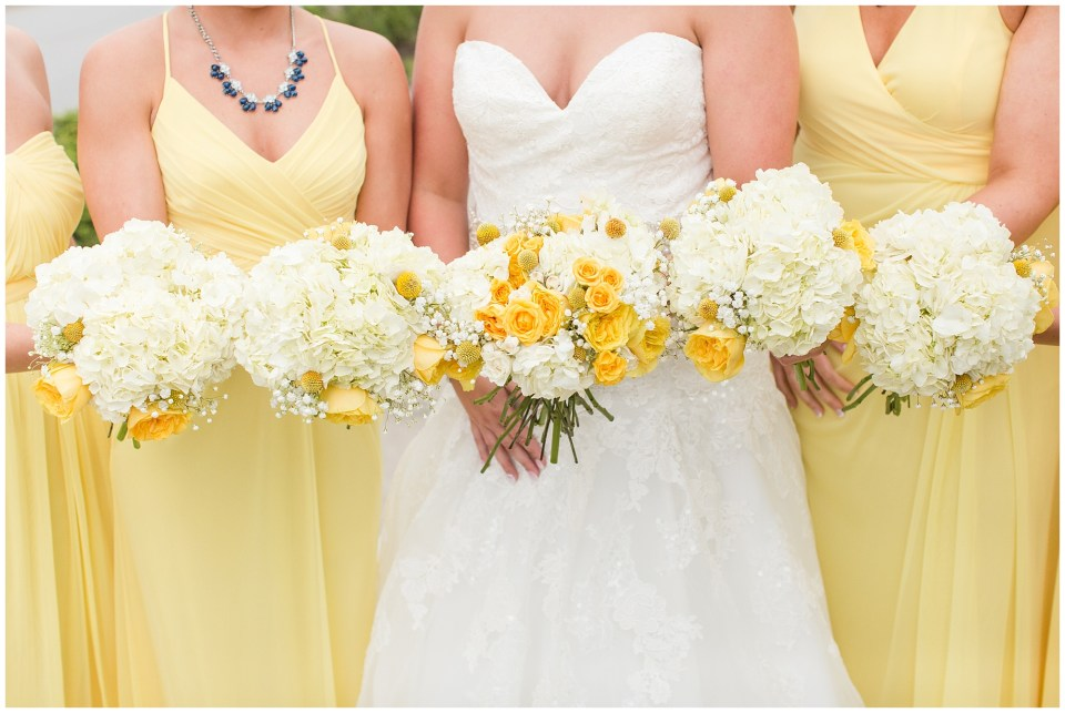 bright and sunny bridal bouquets