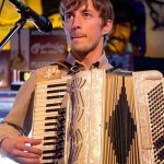 cody400x400accordian