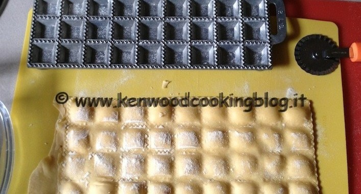 Ricetta agnolotti con ripieno di salmone e gamberetti con Kenwood