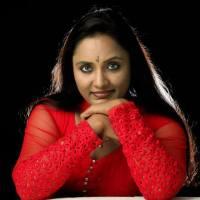 rekha ratheesh � parasparam serial actress photos