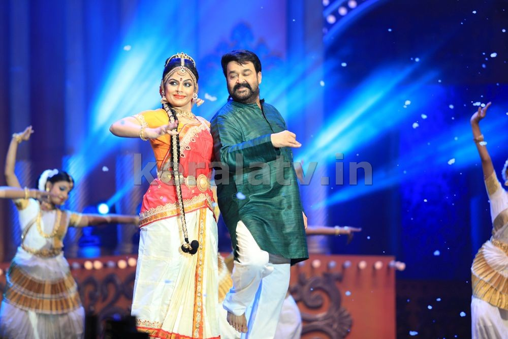 Nirapara Asianet Film Awards 2016 High Clarity Event Images