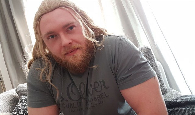 Kes Cosplay Thor Wigtest out of box