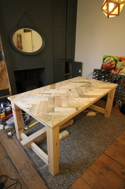 自己动手做Pallet Wood Table How To