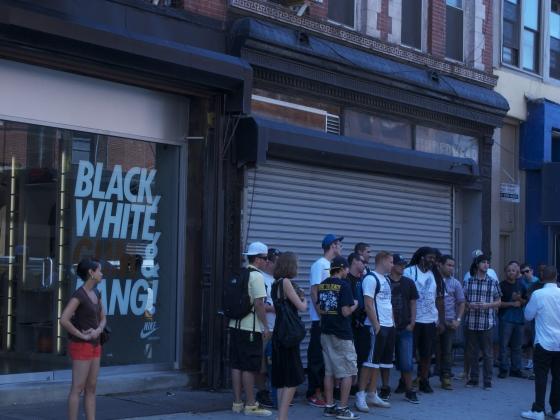 Pics: Alife Rivington Club X Nike Dunk Hi Supreme Release In NY