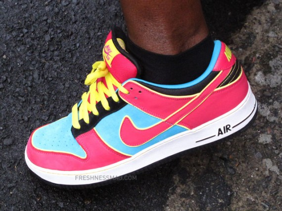 Nike Air Force Dunk SB - Ms. Pacman