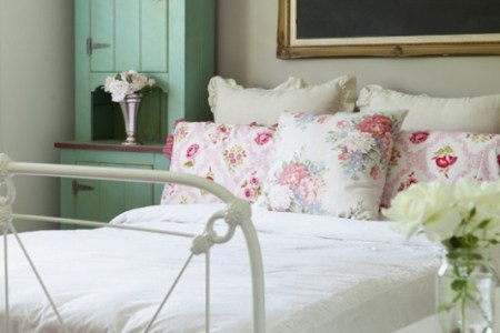 simple and fresh ideas for teen girls room 4