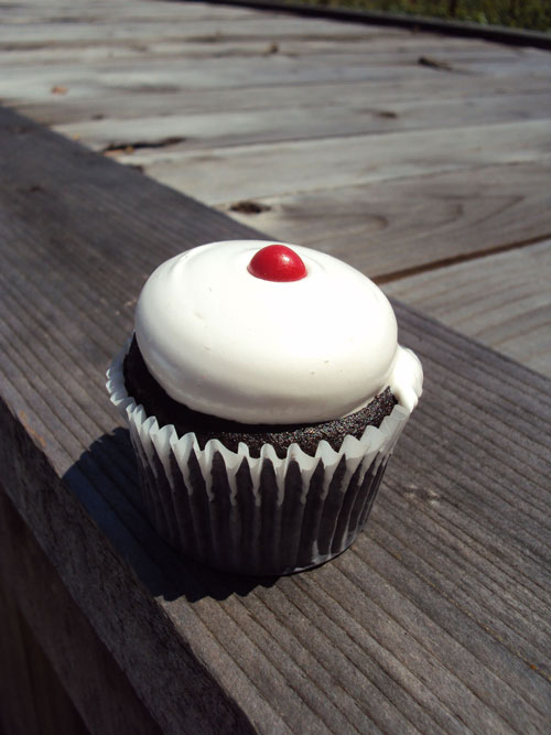 Miette Old-Fashioned Cupcake