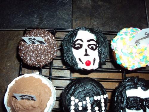 my first michael jackson cupcake