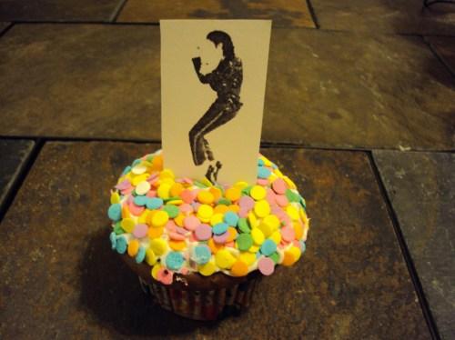 michael jackson dancing on a cupcake