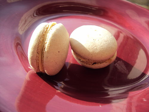 the twisted baker macarons