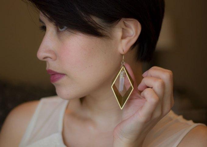 lovely hunt dimensions crystal earrings