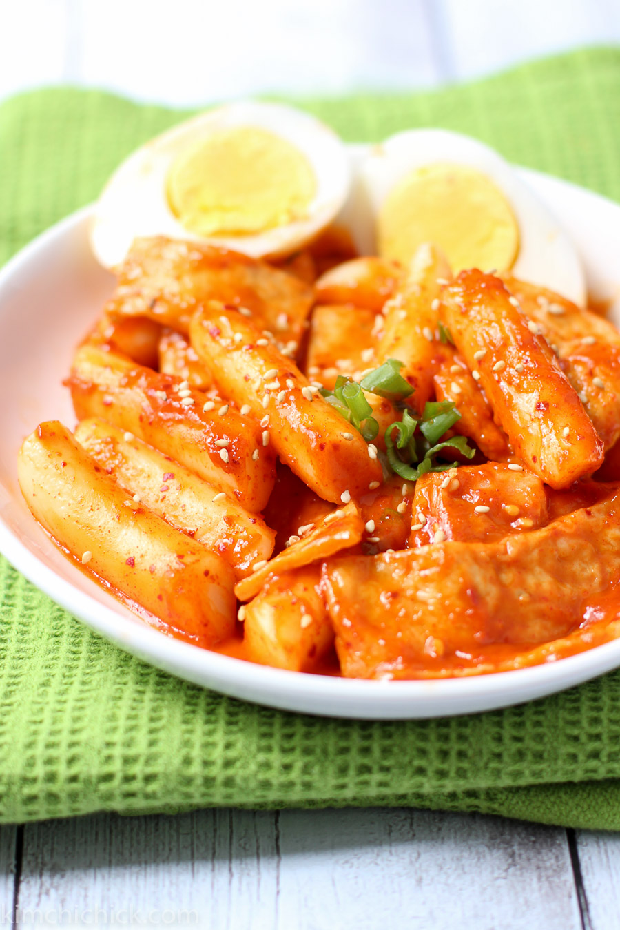 Tteokbokki korean spicy rice cakes kimchichick for Korean fish sauce