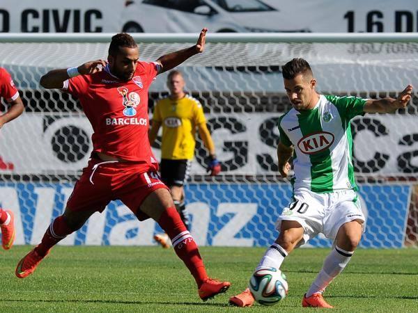 Gil Vicente debuts