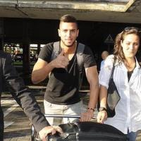VIDEO: Egypt's Amro Tarek arrives in Spain ahead of completing Real Betis switch