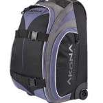 AKONA NEW LESS THAN 7 LB CARRY-ON ROLLER TRAVEL BAG AIRLINE LUGGAGE