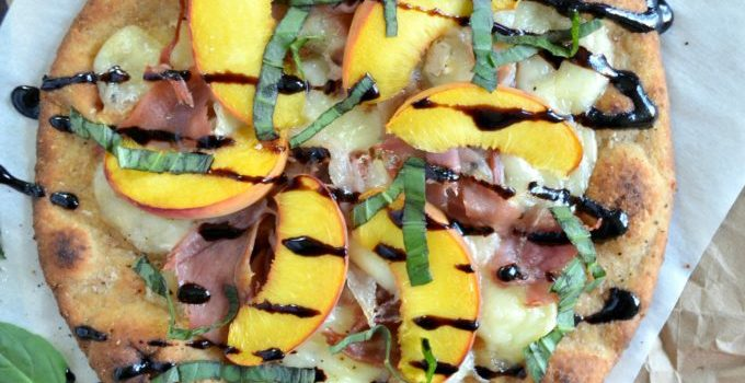 Peach, Prosciutto and Brie Flatbread Pizza