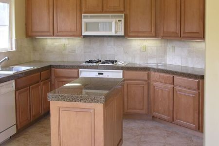 kitchen cabinets traditional light wood 044 s1690630 island