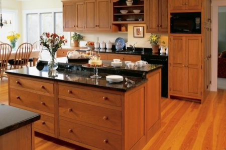 kitchen cabinets traditional light wood 141 cp513a shaker cherry bi level island wood floor
