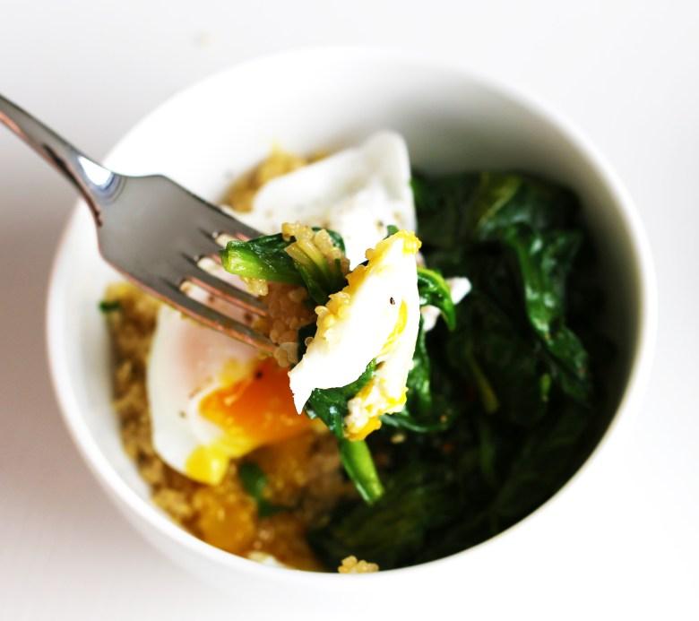 poached-egg-quinoa-spinach-3