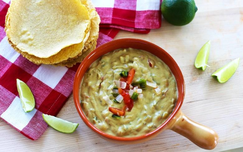 vegan-chili-con-queso-1