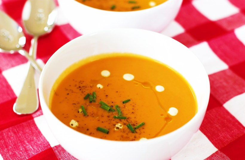 creamy-vegan-tomato-soup-4