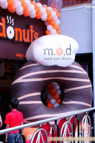 {Food Review} Go Mad Over Donuts….