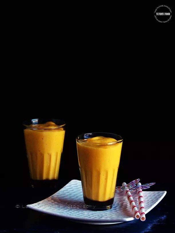 Mango Oatmeal Smoothie with Dates
