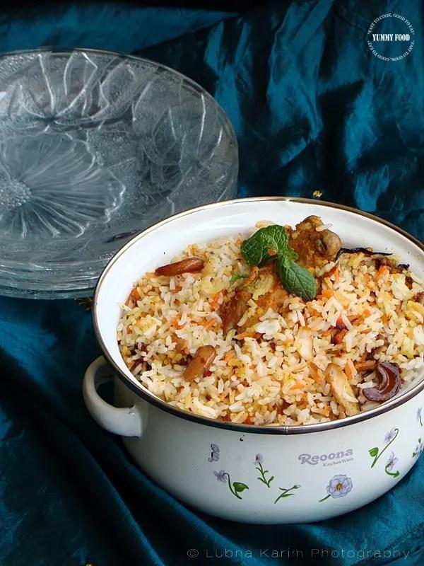 Hyderabadi Style Kachche Murgh ki Dum Biryani