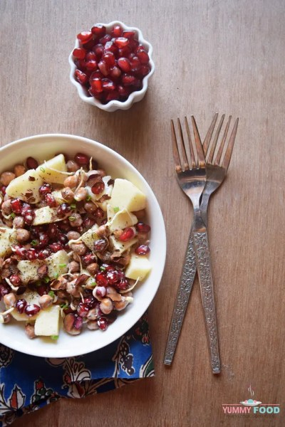 Pomegranate, Apple & Black Chickpea Sprouts Salad