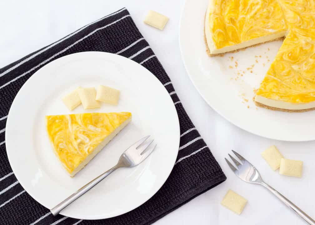 No Bake Mango & White Chocolate Cheesecake