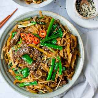 Beef Chow Fun With Extra Veggies