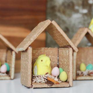 Graham Cracker Easter Birdhouse