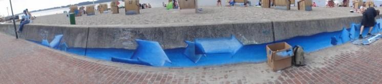 Die besprühte Flutmauer (Foto: C.Koch)