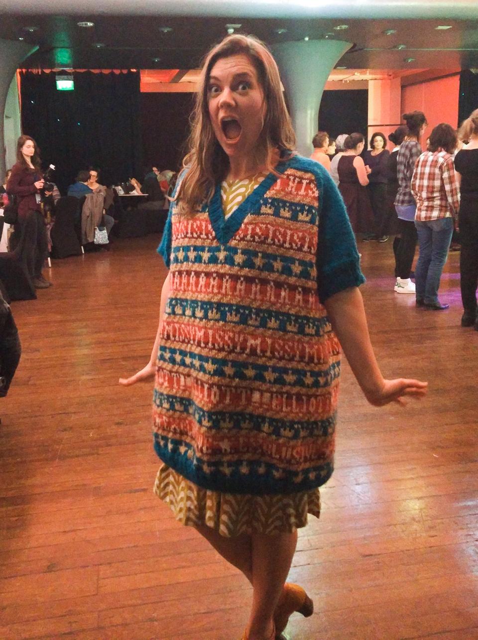 Ysolda sporting the Missy Elliott sweater on Friday night!