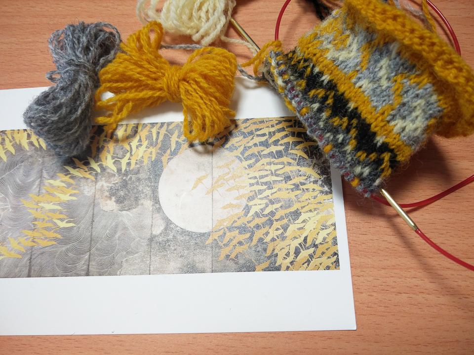 The grellow bird print becoming grellow knitting...