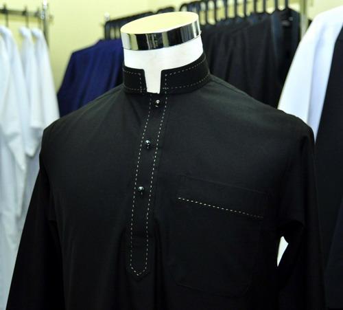 Jubah-lengan-panjang-hitam-formal-hand-stitching-kelabu-jubah-lelaki-johan-rosli-2