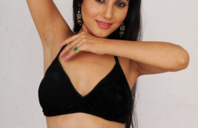 heroine-telugu-movie-hot-stills (18)