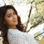Actress Shriya (101)