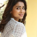 Actress Shriya (76)