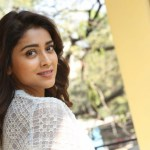 Actress Shriya (79)