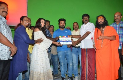 breaking-news-movie-pooja-sytills (14)