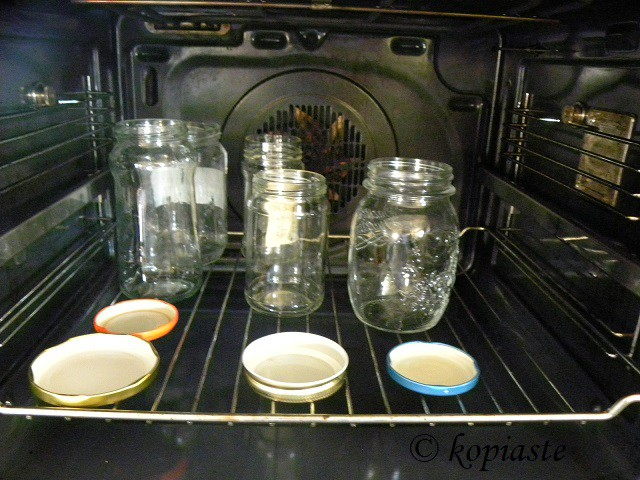 sterilizing jars in the oven