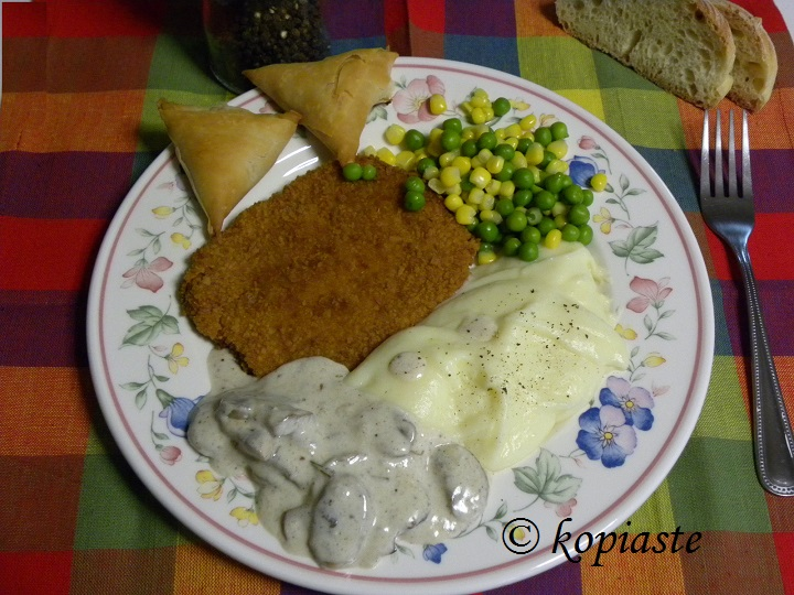 Chicken schnitzel and mushroom sauce