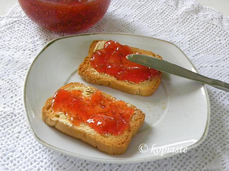 breakfast with fig jam
