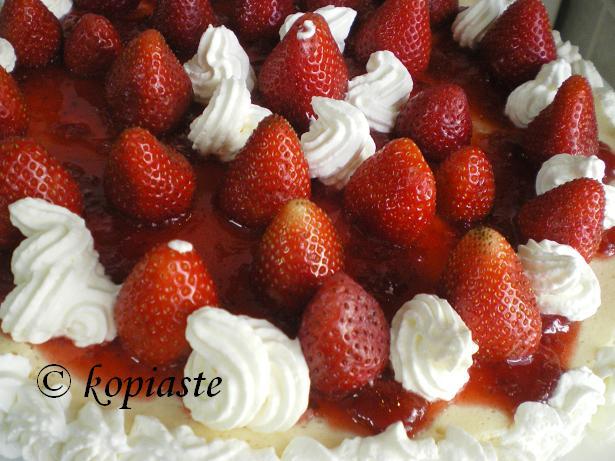 Strawberry Yoghurt Cheesecarke closeup