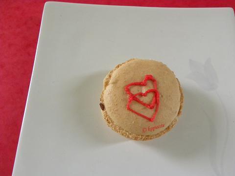 Macaron Heart marked