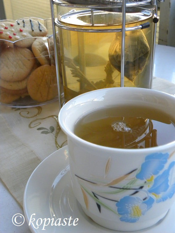 Fragrant Geranium Green Tea