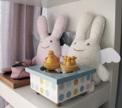 Couple de peluches lapin
