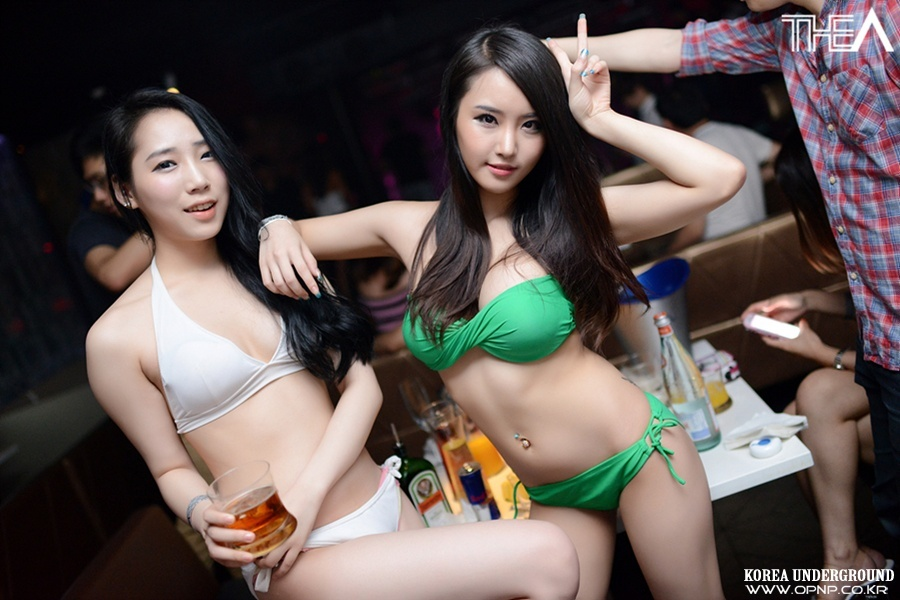 These 20 Unrated Pictures  Disclose What Going Clubbing In Korea Is In reality Like